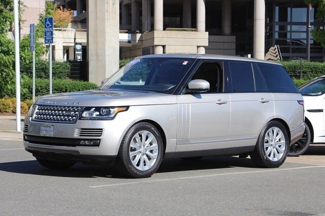 Certified Pre-Owned 2017 Land Rover Range Rover 3.0L V6 Turbocharged Diesel HSE Td6